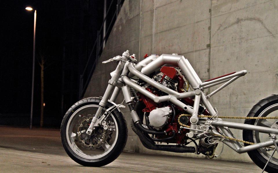 Rocket-Sprocket-Customs_The-Rocket-Sprocket_04